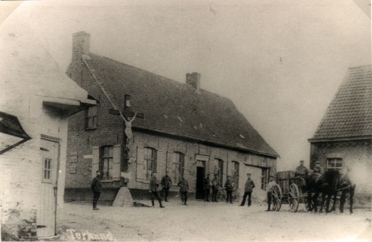 Terhand 1914. Links herberg